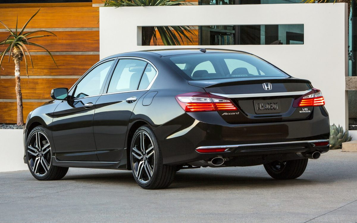 2016-honda-accord-touring-2