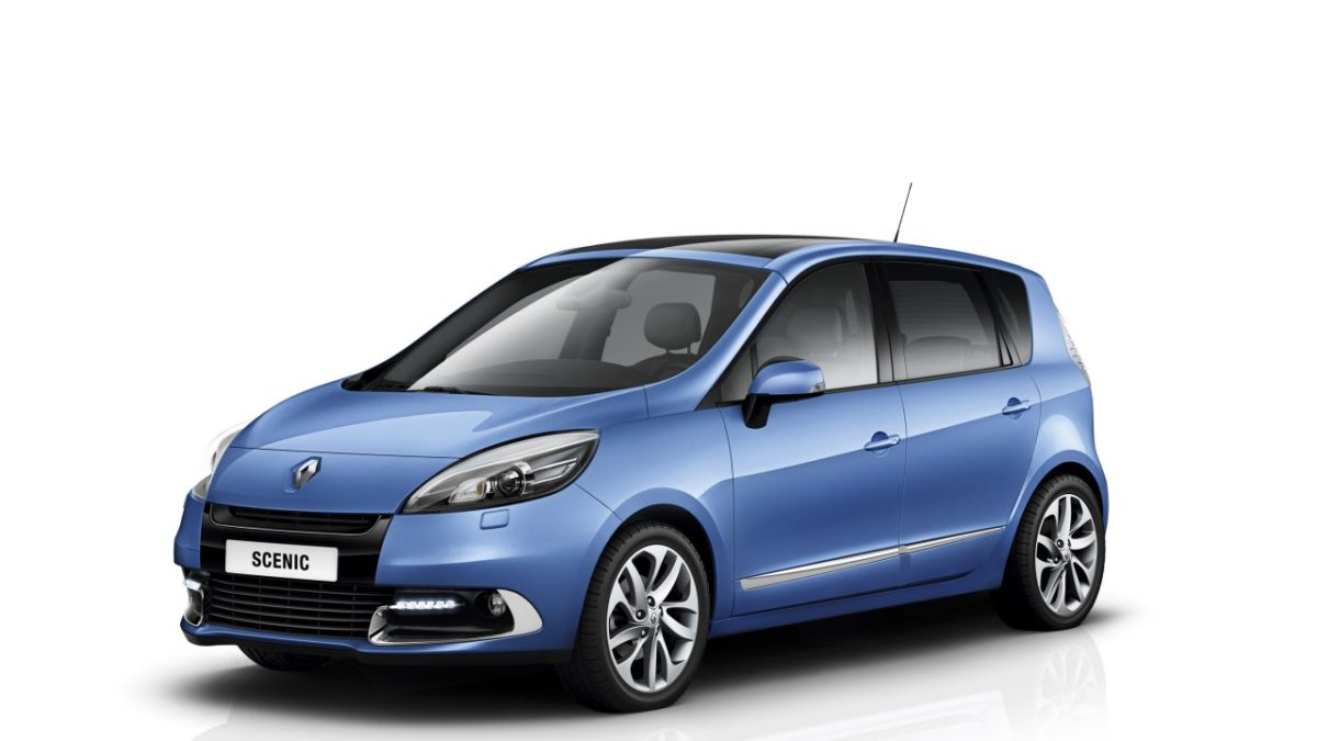 2012-Renault-Scenic-front-three-quarters