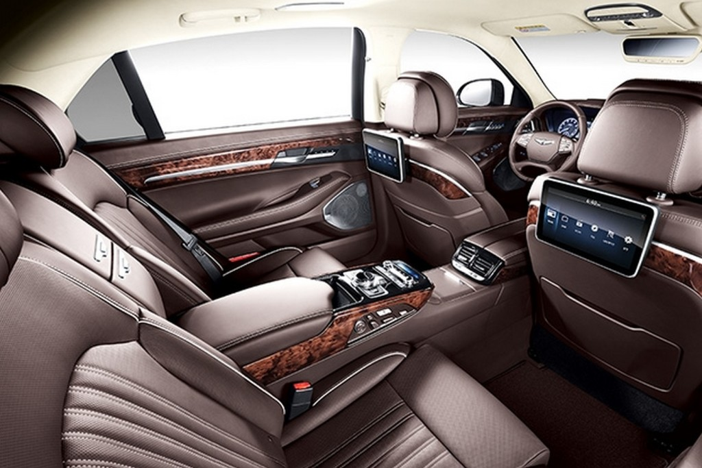 genesis-g90-goes-official-2